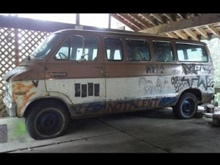 Photos: Van With Cobain's Graffiti Sold