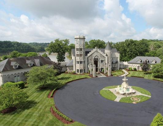 11 US Castles for Sale