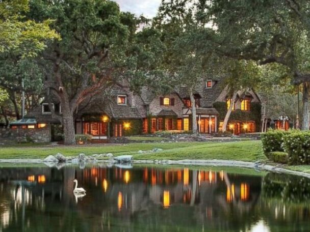 PHOTO: Sycamore Valley Ranch has 22 structures on the property, including a six-bedroom main house plus staff residences.