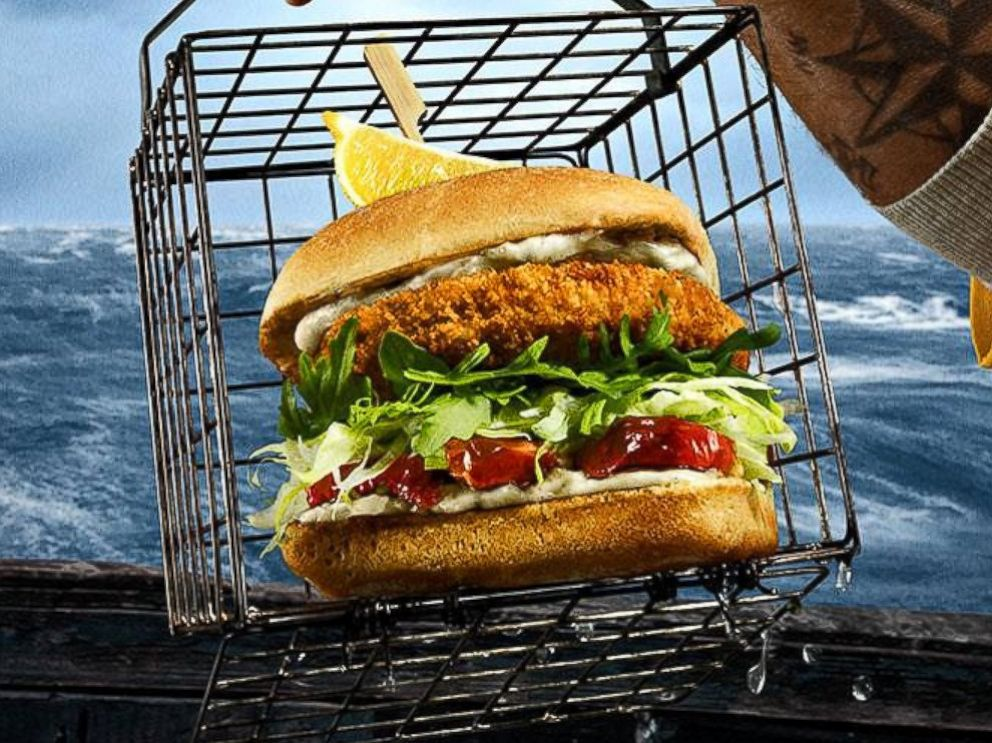 PHOTO: Red Robins new Wild Pacific Crab Cake Burger.