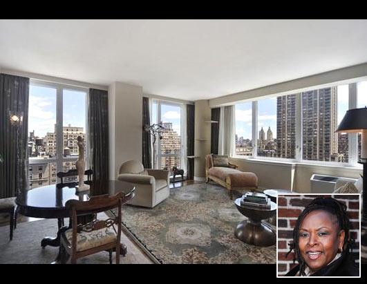 Howard Stern's Co-Host Selling Home