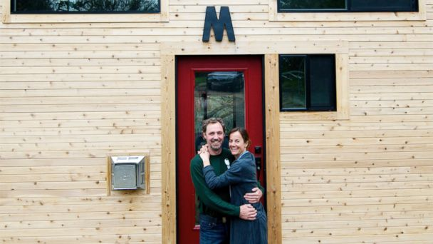 ht tiny house 6 sr 140521 1 16x9 608 Dream Mansion in 221 Square Feet Is Small Wonder