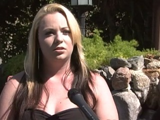 Woman Who Can't Fit Into Skirt Denied Job as 'Kilt Girl'