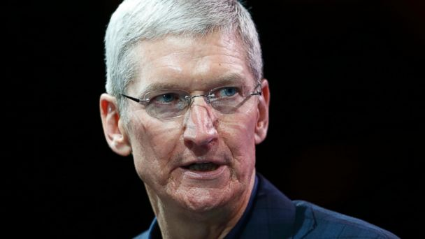 http://a.abcnews.com/images/Business/rtr_tim_cook_apple_jc_150327_16x9_608.jpg