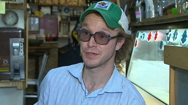 VIDEO: Pennsylvania shop owner serves up ice cream and offers interest, loans to customers.