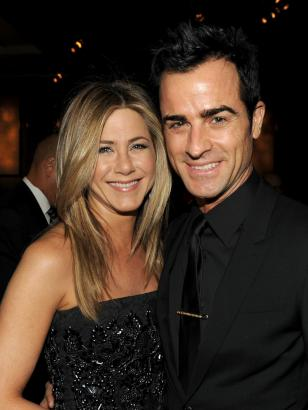Jennifer Aniston and Justin Theroux engaged