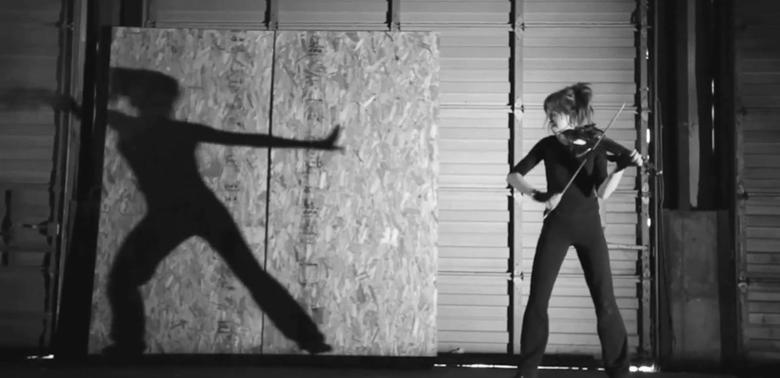 VIDEO: Lindsey Stirling: Superstar on the Strings