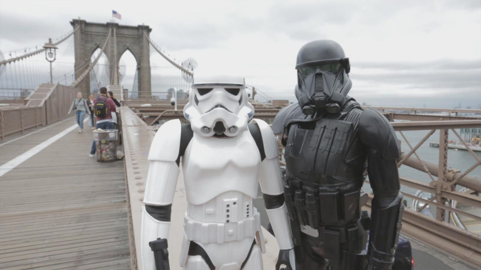 Star Wars Toys 'Go Rogue' and Take Manhattan by Storm