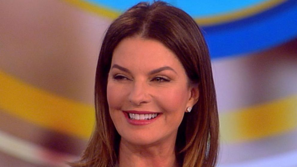 sela ward talks women in hollywood painting amp new show
