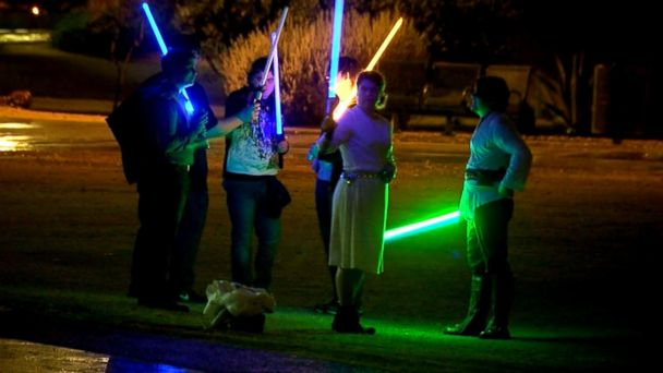 VIDEO: Hundreds Turn Out for Light Saber Walk in Arizona to Honor Carrie Fisher