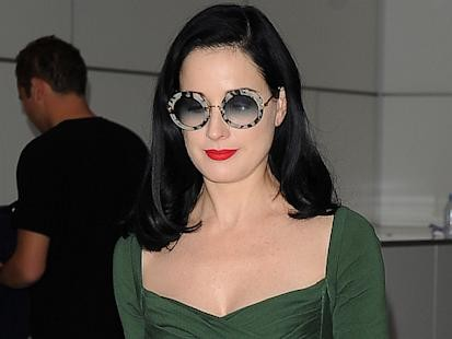 Photos: Dita's Airport Style