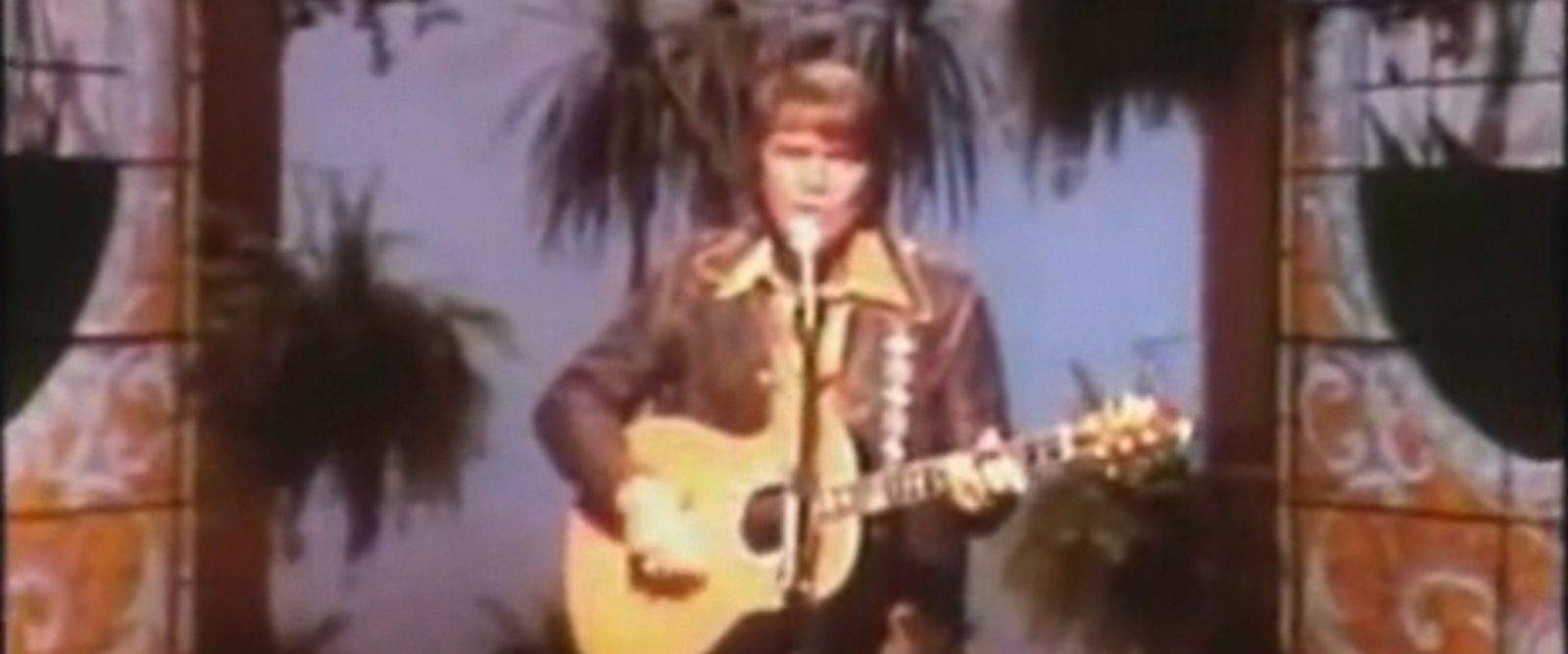VIDEO: Glen Campbell, 80, was diagnosed with Alzheimers disease in 2011.