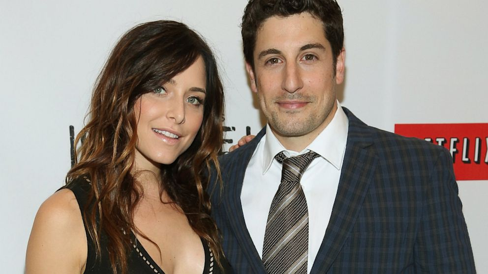 "PHOTO: Actress Jenny Mollen and Actor Jason Biggs attend ""Orange Is The New Black"" New York Premiere at The New York Botanical Garden on June 25, 2013 in New York City."