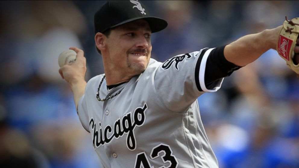 White Sox pitcher suffers brain hemorrhage during game