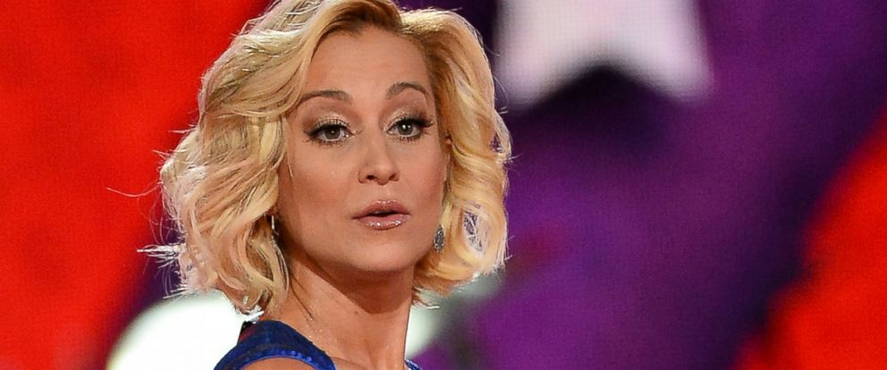 PHOTO: Kellie Pickler performs at the MGM Grand Garden Arena on April 7, 2014 in Las Vegas, Nevada.