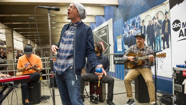PHOTO:  Linkin Park gave a surprise performance at New York City's Grand Central Terminal as part of Pop-Up Week on
