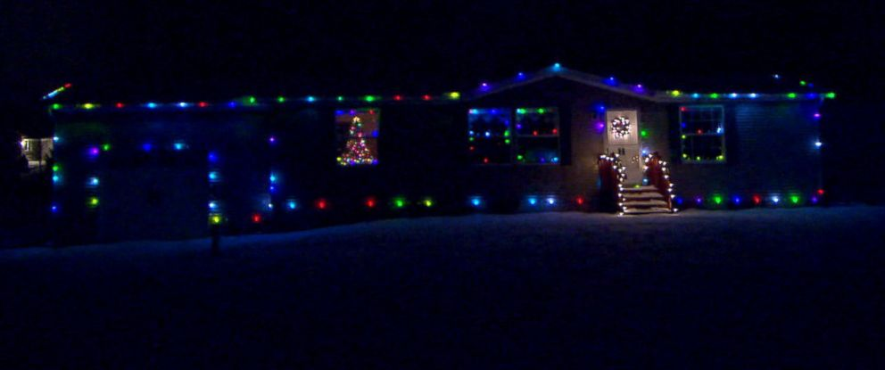PHOTO: Tom Hammond, 45, of Doylestown, Ohio, took the idea of an extreme Christmas light display to a new level thanks to technical expertise that allowed him to connect the Christmas lights on his home to a website.