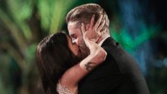 See the 3.5 Carat Ring Shawn Gave Kaitlyn on 'The Bachelorette'