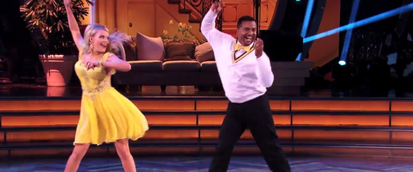 "PHOTO: Witney Carson and Alfonso Ribeiro perform on ""Dancing with the Stars,"" Oct. 6, 2014."