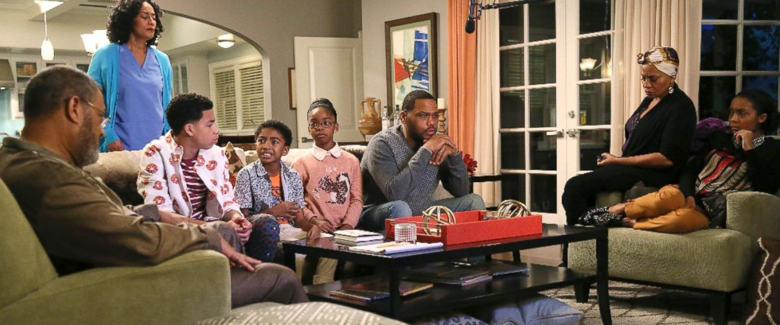 "PHOTO: The cast of ""Black-ish"" are seen in a scene from the latest episode, ""Hope."""
