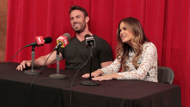 PHOTO:Chad and Jojo are seen on a date at ESPN's popular