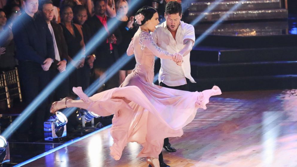 are rumor and val dating on dancing with the stars Rumer willis & valentin chmerkovskiy dance their freestyle dance to toxic by rumer willis on dancing with the stars' finals night.