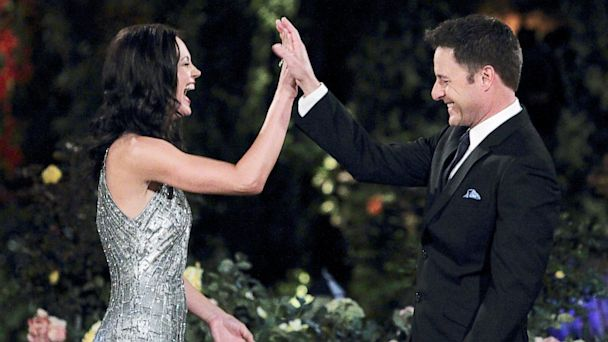 ABC desiree hartsock chris harrison 2 nt 130805 16x9 608 The Bachelorette Finale Tonight (Live Updates)