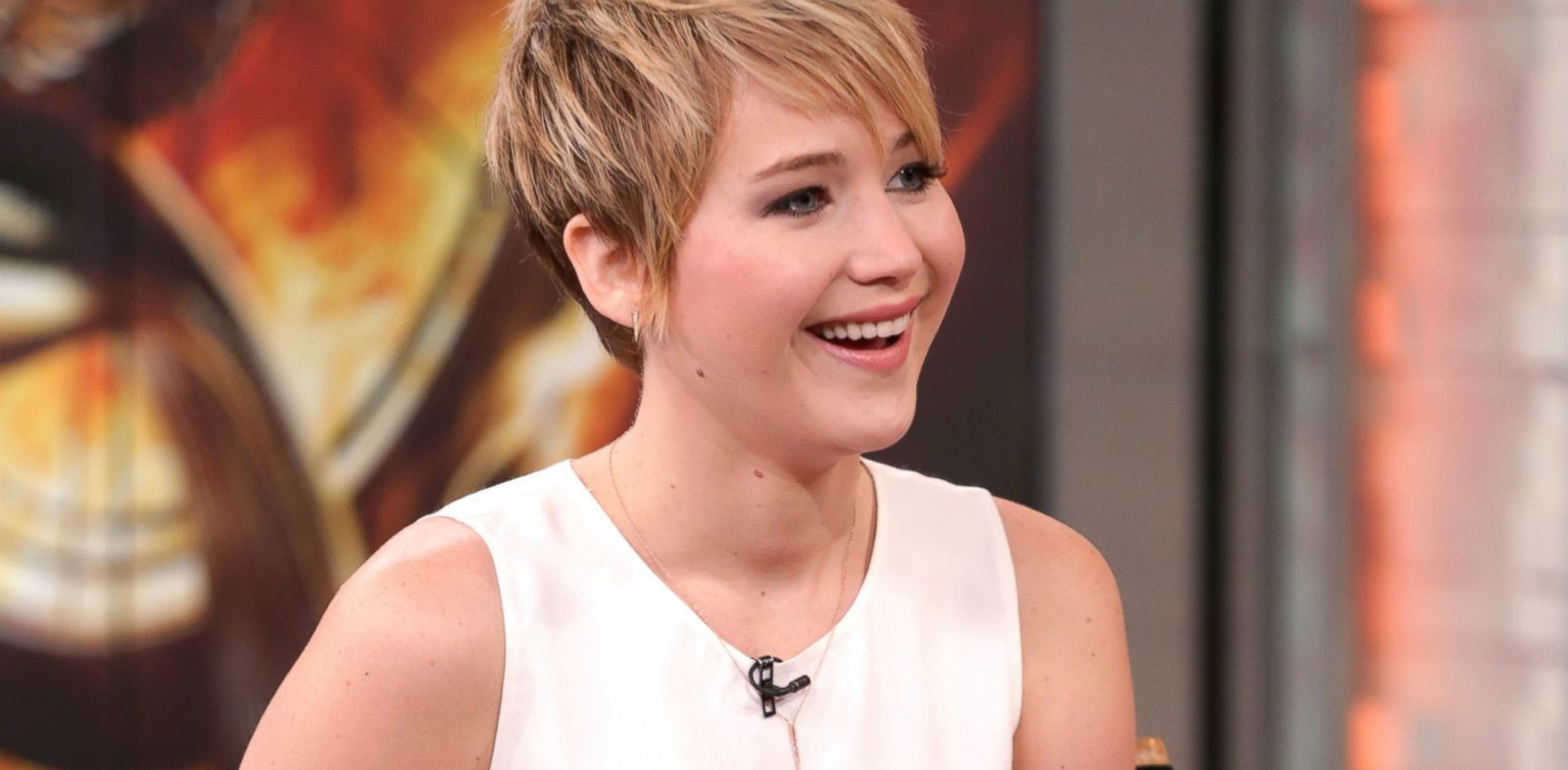 PHOTO: Jennifer Lawrence appears on Good Morning America, Nov. 21, 2013.