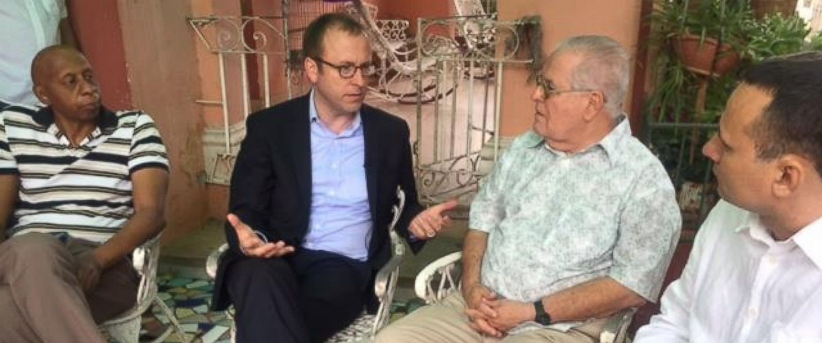 PHOTO: ABC News Chief White House correspondent Jonathan Karl interviews three prominent Cuban rights activists during President Obamas trip to Cuba.