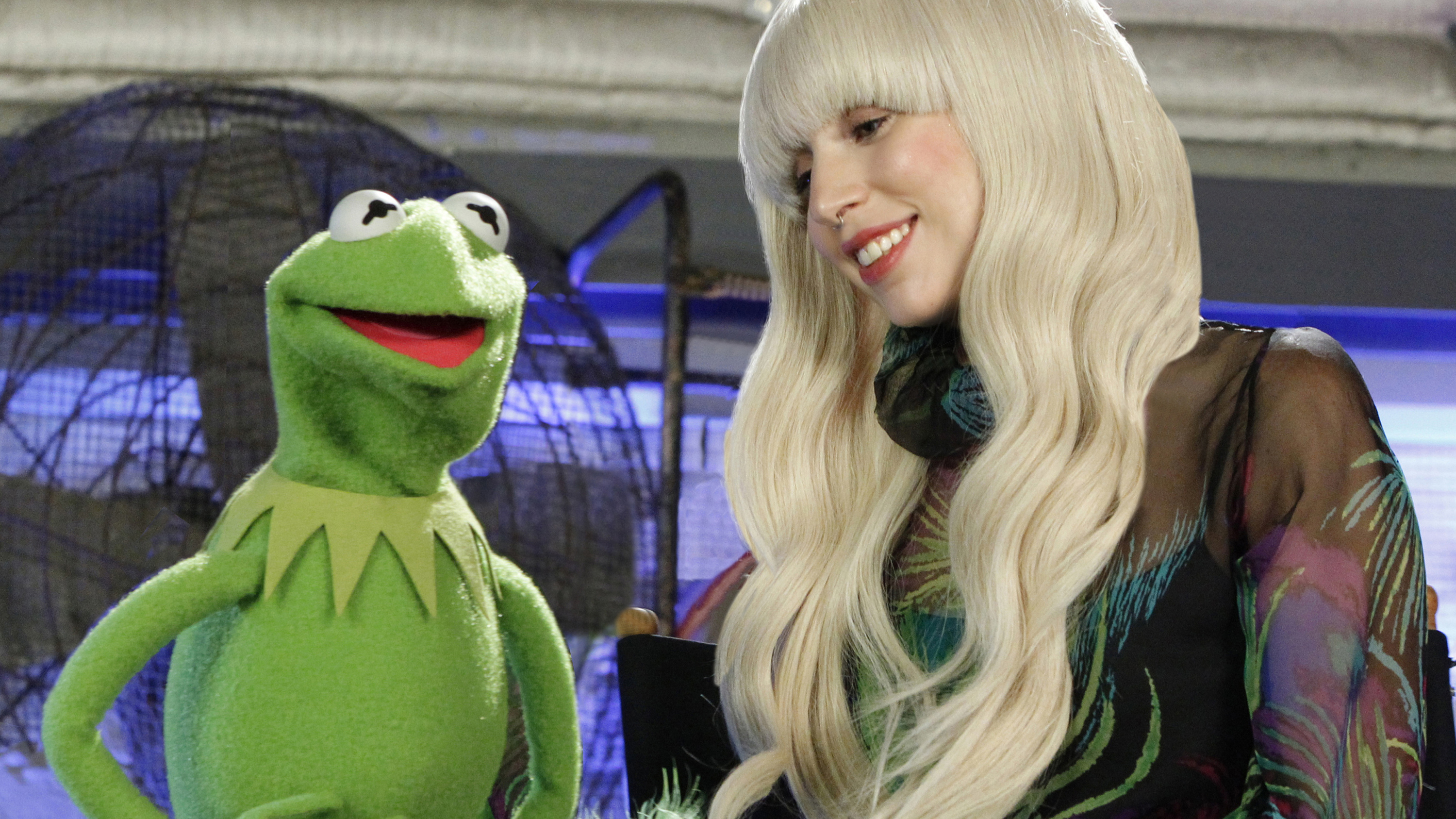 "PHOTO: On Thanksgiving night, Nov. 28, the ABC Television Network will air a 90-minute special, ""Lady Gaga & the Muppets' Holiday Spectacular."""