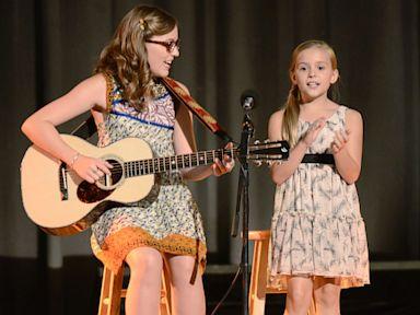 PHOTO: Lennon and Maisy Stella star in Nashville