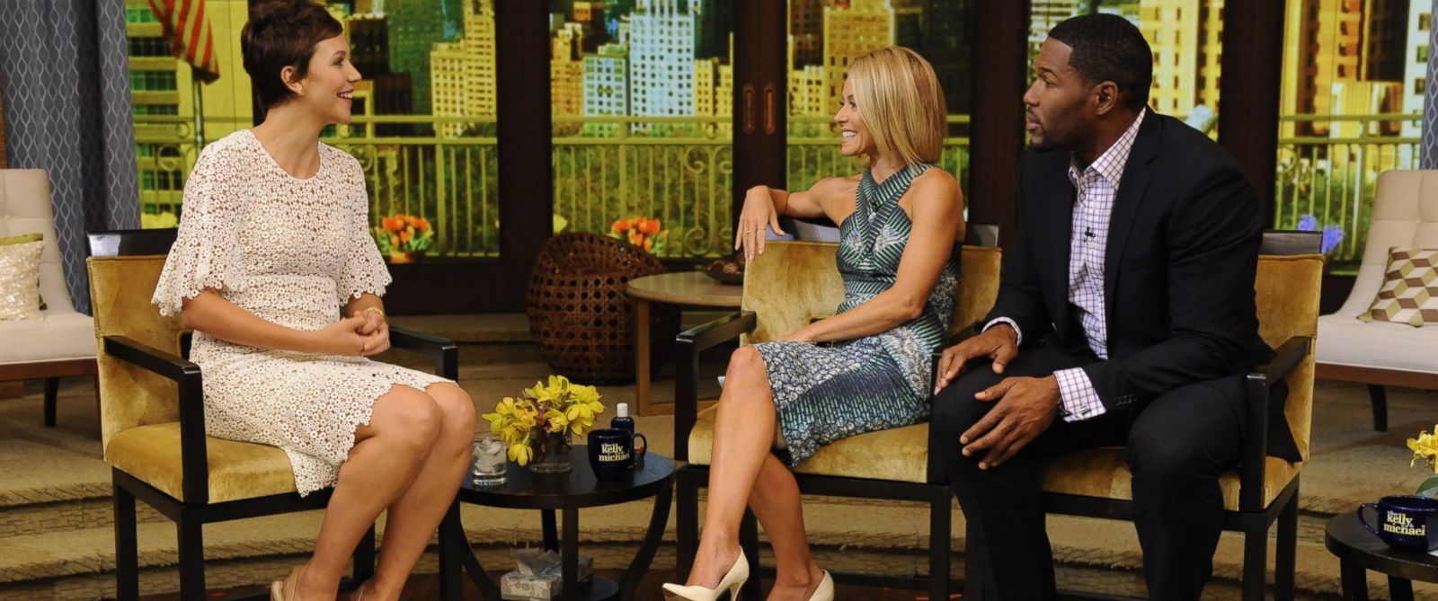 PHOTO: Kelly Ripa and Michael Strahan are pictured interviewing Maggie Gyllenhaal