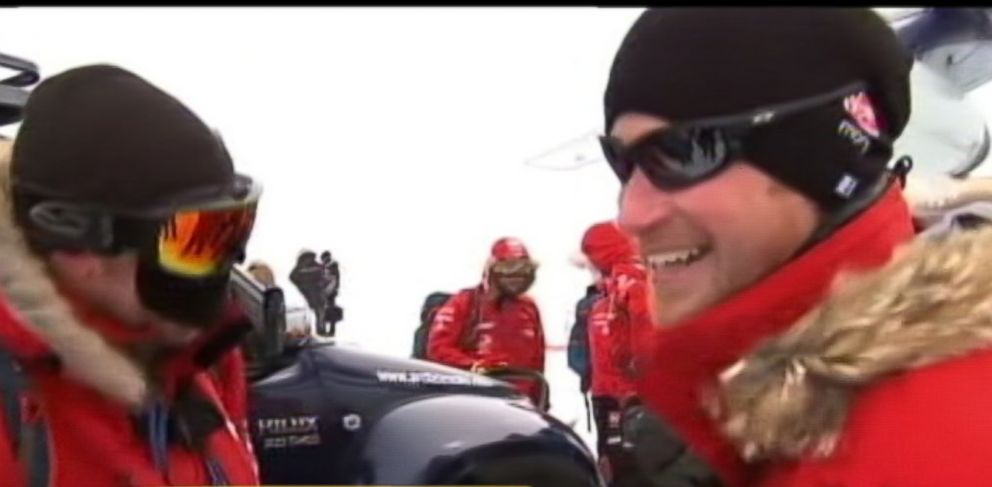 PHOTO: Prince Harry joins injured veterans in an epic race to the South Pole.