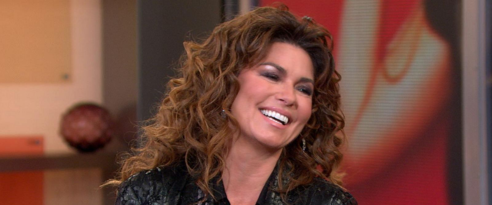 PHOTO: Shania Twain announces her farewell tour on Good Morning America, March 4, 2015.