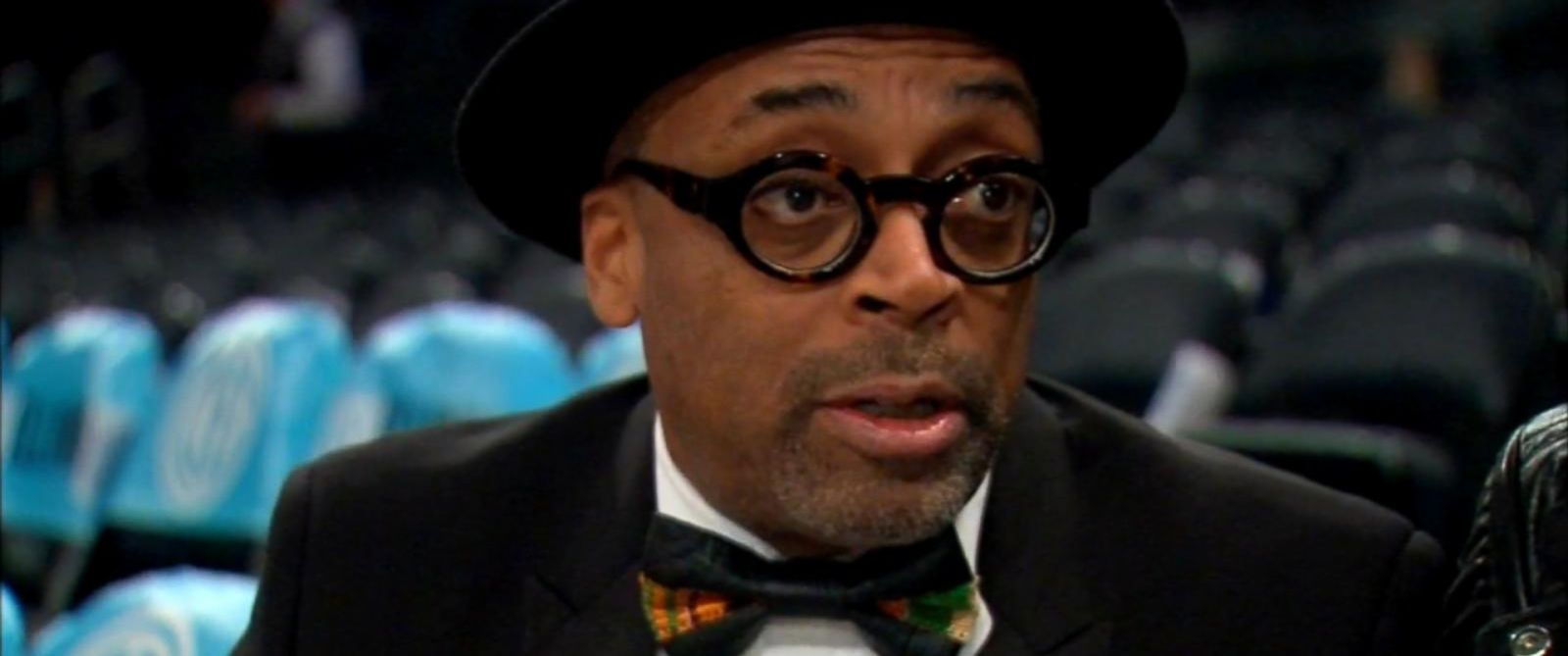 PHOTO: Spike Lee attended an NBA game at Madison Garden in New York City instead of going to the Academy Awards in Hollywood, Feb. 28, 2016.