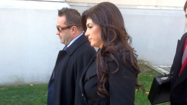 ABC teresa joe giudice jef 131120 16x9 608 Teresa and Joe Giudice Plead Not Guilty to New Fraud Charges