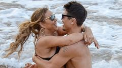 Mariah Carey Cozies Up to a New Man