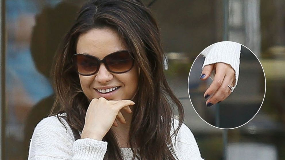 PHOTO: Mila Kunis  goes shopping at The Grove in West Hollywood, Calif., Feb. 27, 2014.