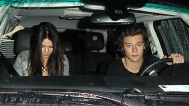 PHOTO: Harry Styles leaves a restaurant with Kendall Jenner in West Hollywood, Calif., Nov. 20, 2013.