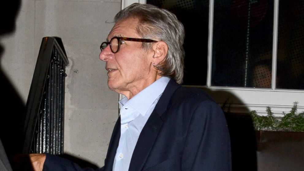 PHOTO: Harrison Ford out in London having dinner with friends at a local restaurant, June 29, 2014.
