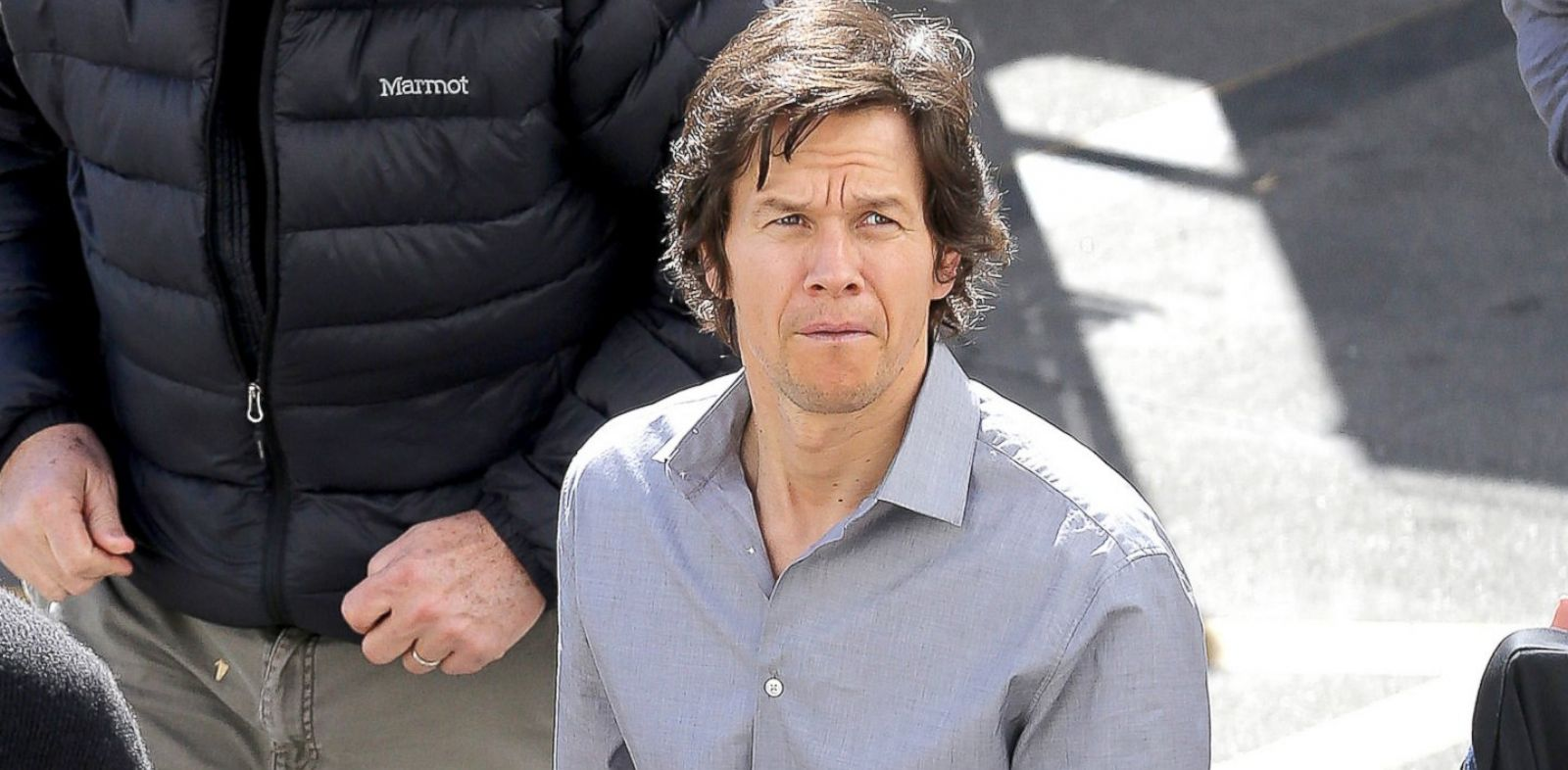"""PHOTO: Mark Wahlberg films scenes for his upcoming movie, """"The Gambler"""" in Los Angeles, Feb. 3, 2014."""