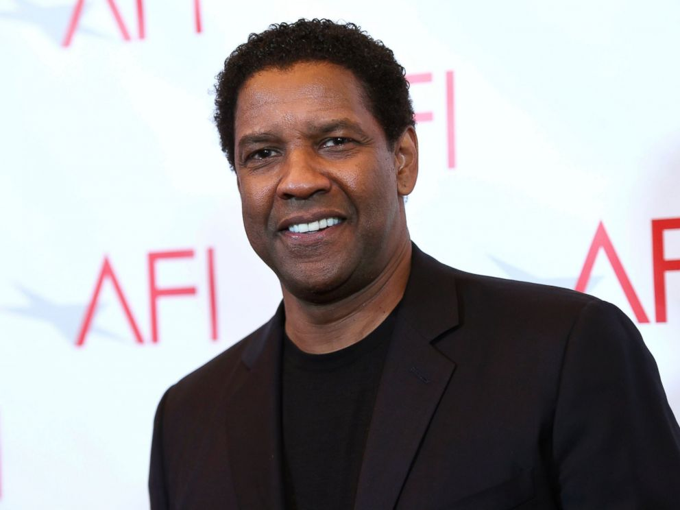 PHOTO: Denzel Washington arrives at the AFI Awards at the Four Seasons Hotel, Jan. 6, 2017, in Los Angeles.