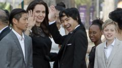 Angelina Jolie brings her children to Cambodia