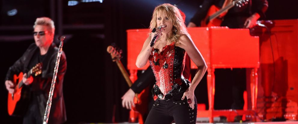 PHOTO: Miranda Lambert performs at the 50th annual Academy of Country Music Awards at AT&T Stadium, April 19, 2015, in Arlington, Texas.