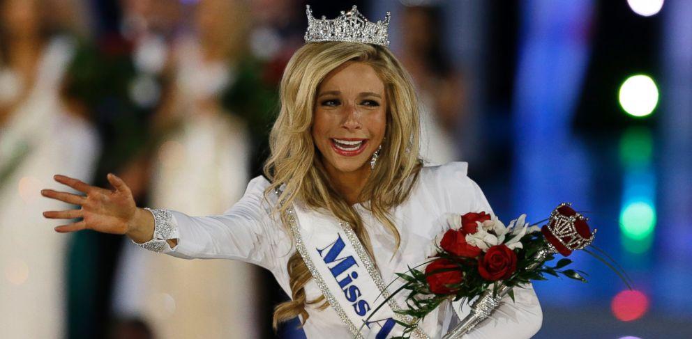 PHOTO: Miss New York Kira Kazantsev walks the runway after she was named Miss America 2015, Sept. 14, 2014, in Atlantic City, N.J.