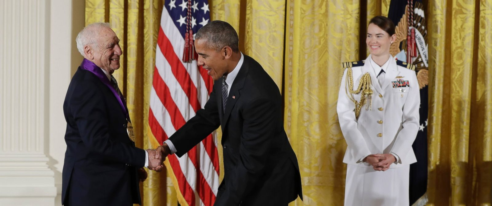 PHOTO: President Barack Obama jokes with actor, comedian and writer, Mel Brooks, as he awards him the 2015 National Medal of Arts during a ceremony in the East Room of the White House, Sept. 22, 2016, in Washington.