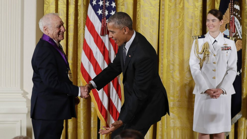 http://a.abcnews.com/images/Entertainment/AP_Mel_Brooks_Obama_Arts_Medals_MEM_160922_16x9_992.jpg