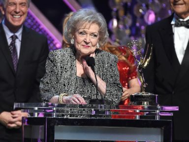 PHOTO: Betty White accepts the lifetime achievement award at the 42nd annual Daytime Emmy Awards