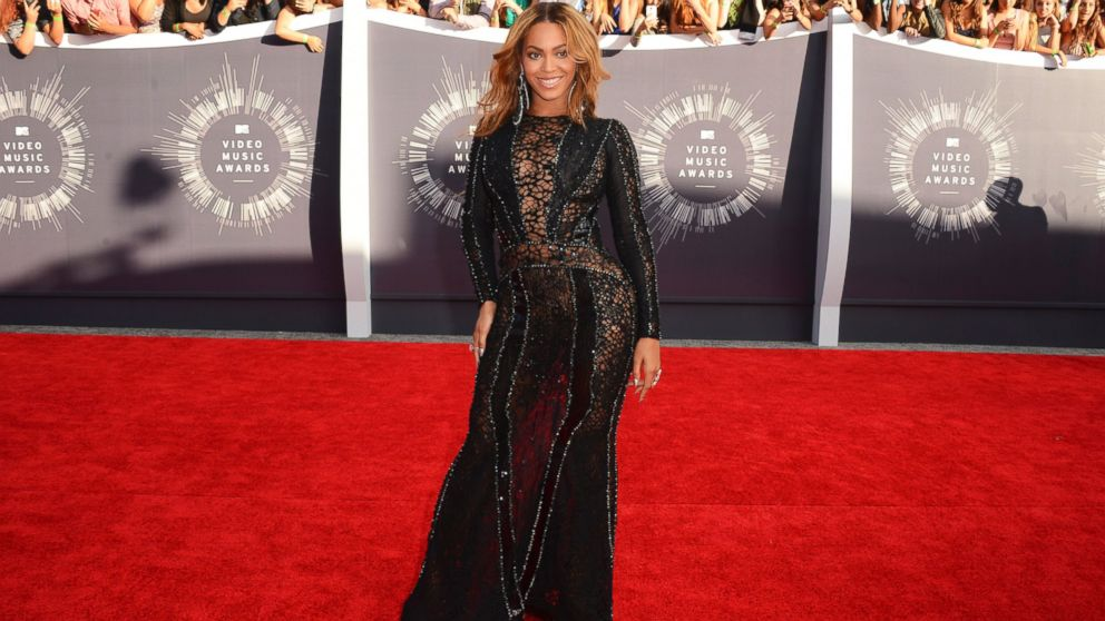 PHOTO: Beyonce arrives at the MTV Video Music Awards at The Forum in Inglewood, Calif., Aug. 24, 2014.