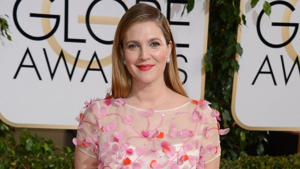 PHOTO: Drew Barrymore arrives at the 71st annual Golden Globe Awards at the Beverly Hilton Hotel, Jan. 12, 2014, in Beverly Hills, Calif.